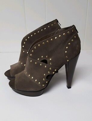 df4313d3b32 Steve Madden Women s Suede Leather Open Toe Booties Size 9 Studded Gray  Heels