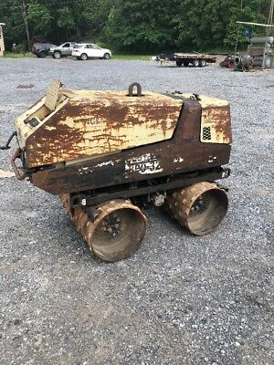 INGERSOLL RAND TC 13 REMOTE CONTROLLED Trench Roller 551 Hours KUBOTA DIESEL