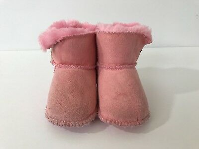 7f6dbb93e91 Baby Girl's Infant Ugg Boots Booties Small Light Pink