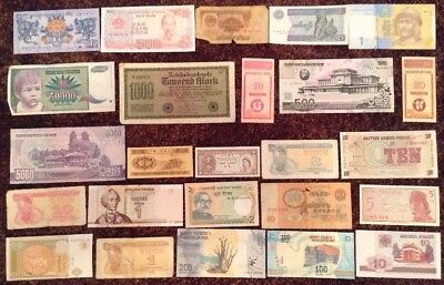 Lot Of 25 X World Banknotes. All Different Assortment. Mix Of Old & New Notes.
