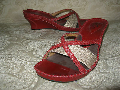923fc5691dd7 Clarks Artisan Womens 8 M Wedge Platform Sandals Leather Red   GOLD WORN  ONCE