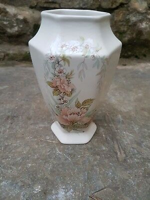 Melba Ware Staffordshire Small Floral Flower Vase 350 Picclick Uk