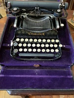 Corona No. 3 Portable/ Foldable Typewriter