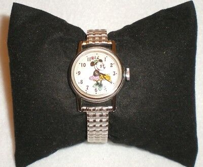 Vintage Walt Disney Productions Minnie Mouse Watch Good Working Order