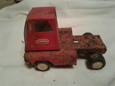 Tonka Livestock Trailer RED Pressed Steel Truck Toy Vintage 1960?'s AND TRUCK