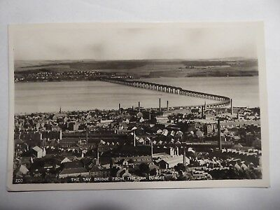 AK Dundee The Tay Bridge from the Law Dundee gel. mit Briefmarke 1960