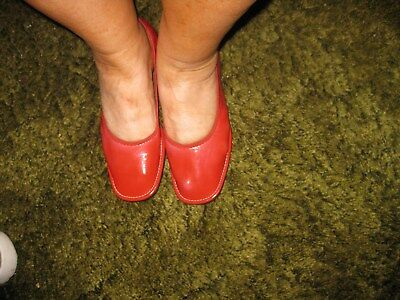 Vintage Womens Red House Shoes - Slippers Mip Mid Century Size 7 Foldable