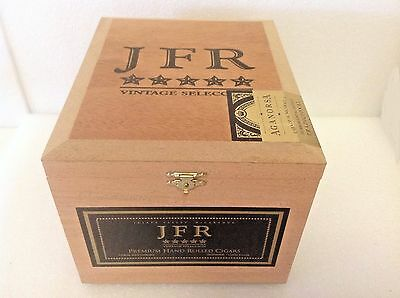 JFR VINTAGE SELECCION TITAN WOOD CIGAR BOX Guitars  Crafts Jewelry Boxes Storage