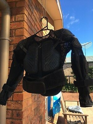 """KIDS BODY ARMOUR - ONEAL """"UNDERDOG 2"""" Size M"""
