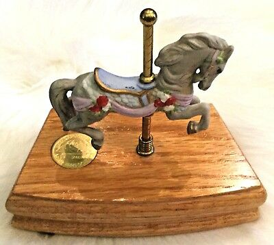 Vintage Willits Design The Heritage Collection Horse Musical Carousel #6803