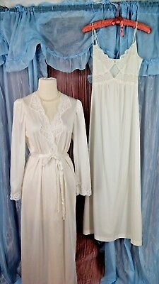 White Vintage OLGA Peignoir JC PENNEY Nightgown Set Size Small