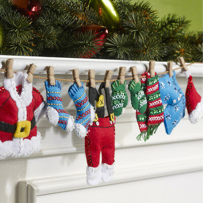 Christmas Laundry Garland Felt Applique Home Decor Kit Bucilla