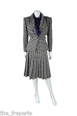 d4ba2849aa5c7 VALENTINO* VINTAGE MISS V Two Piece Black & White Checked Suit (42 ...