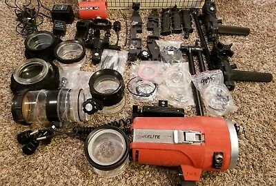 HUGE lot of underwater camera equipment Ikelite SubStrobe 150-L & Much More!