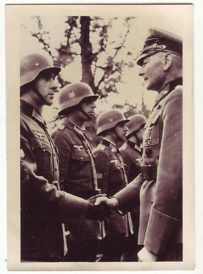German Wwii Small Size Photo: Officer And Soldiers, Agfa Paper