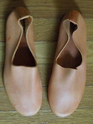 pumpkin color leather shoes, bought at EGG, made in Greece, new, sz 38