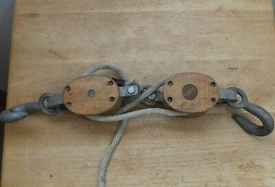 Vintage Block and Tackle W/Rope