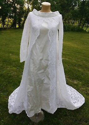 Vintage 1960s Wedding gown with Train