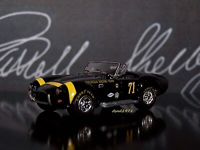 1966 Shelby Cobra Terlingua Race Team Cobra Ford Collectible 1/64 Diorama Model