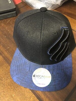 510c0555be351 Rocawear SnapBack Hat Cap New With Tags Jay Z Hip Hop Black Blue Logo Men s