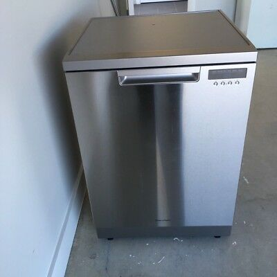 Fisher & Paykel DW60FC1X1 60cm Stainless Steel Dishwasher Never Used WELS 5.5 *
