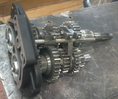 Harley 5-speed gearbox internals 1990 and later.