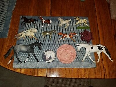 12 piece lot of Breyer & resin horse bodies & medallions by Danza, Fry, &...