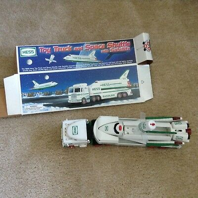 1999 Hess Toy Truck and Space Shuttle with Satellite (Box included)