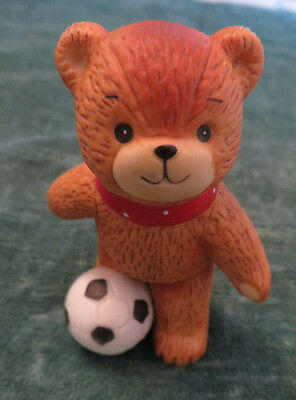 Lucy & Me Enesco Lucy Rigg  Soccer Bear Figurine