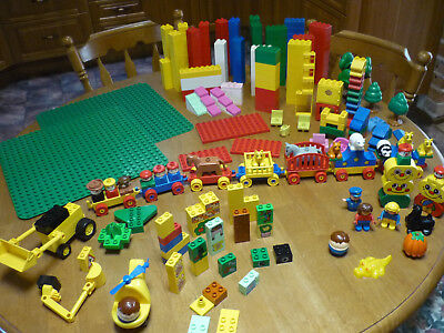 Lego Duplo Mixed Bundle: Over 4Kg in Weight, Very Good Condition, CAN POST