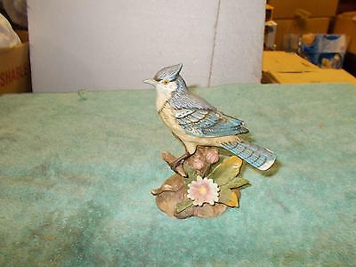 Vintage Beautiful HOMCO BlueBird Figurine Hand Painted 1445 Great Detailing Flaw