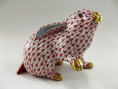 Herend Bunny Rabbit With Paw Up In Rust Fishnet Pattern 5335 Ref 5515/4