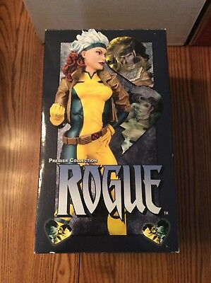 Diamond Select Premiere Collection Rogue Statue