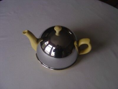 Yellow Vintage Teapot with lined chrome cosy and infuser in good condition