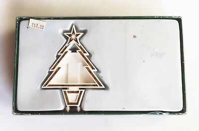 Dept 56 Lighted Christmas Village Accessory Christmas Tree, Box + Battery Pack
