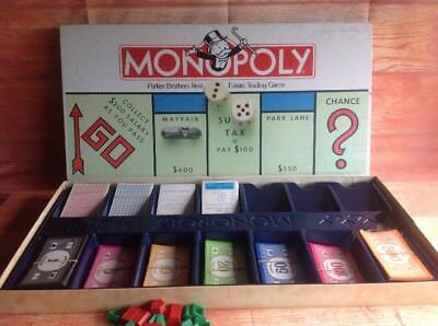 MONOPOLY VGC BOARD GAME Parker Brothers Complete Vintage With Metal Play Pieces