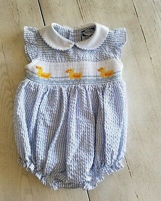 Vintage Carriage Boutiques Baby Girls smocked ducky Romper One piece Size 6 mths