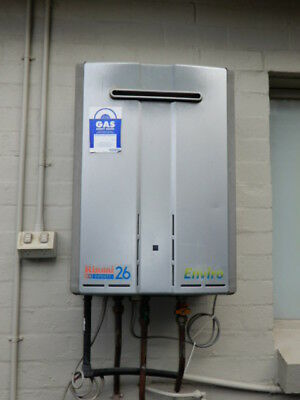 HOT WATER SERVICE - RINNAI INFINITY 26 NATURAL GAS HOT WATER SYSTEM, 1a
