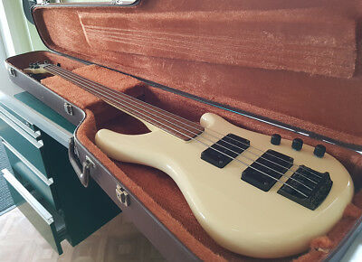 Ibanez Roadstar 2 Fretless Bass 1985 Japan  original Koffer Vintage