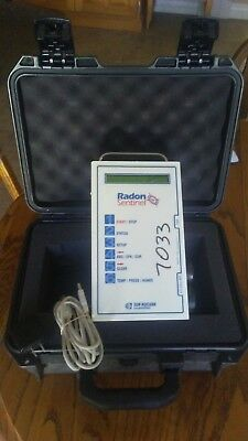 Sun Nuclear Model 1030 Continuous Radon Monitor (CRM) withHeavy Duty Case