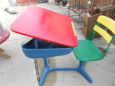 Vintage American Seating Company Metal School Desk W Wooden Seat Small Child Cs