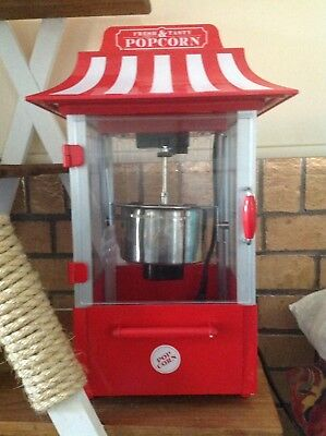 Novelty Popcorn Maker