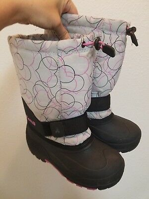 Girl's Kamik Snow Boots Size 2 Grey with Hearts