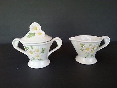 Metlox Poppytrail SCULPTURED DAISY Creamer and Sugar with Lid  - Very Good Cond