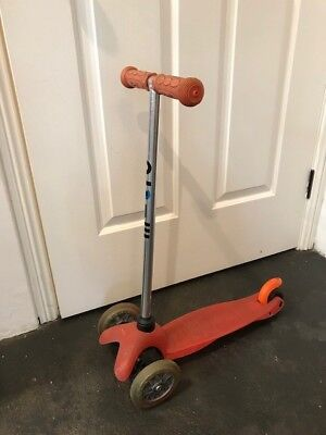 Pre-Loved Mini Micro Scooter Red