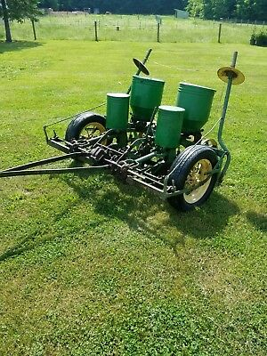 John deere 290 corn planter clean, Free shipping within 1000 miles