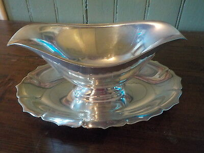 Silverplate Gravy Boat Attached Under Plate Early American International Silver