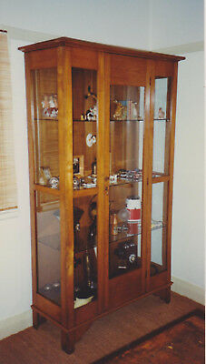 ANTIQUE 1930's LARGE GLASS AND TIMBER DISPLAY CABINET – VERY GOOD CONDITION