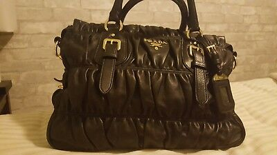 Prada Black Nappa Leather Gaufre Ruched Purse Crossbody Bag Messenger Tote 7fc82aa73d