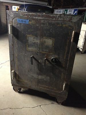 Antique Gun Safe Vault Heavy Big Large